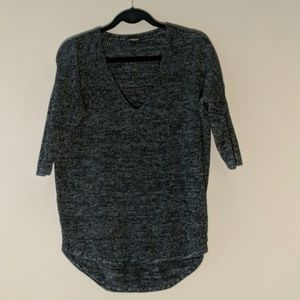 EXPRESS black and gray high low sweater v-neck